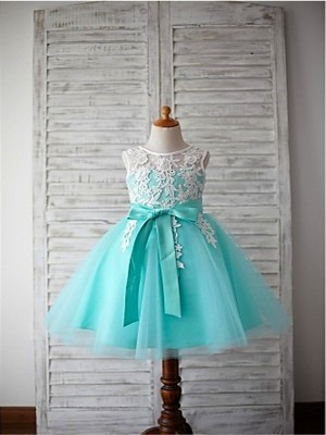 Ball Gown Scoop Bowknot Knee-Length Tulle Flower Girl Dress