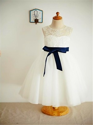 A-line/Princess Scoop Ankle-Length Tulle Flower Girl Dress with Lace