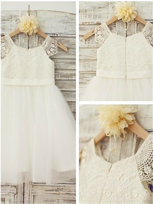 A-line/Princess Scoop Knee-Length Tulle Flower Girl Dress with Lace