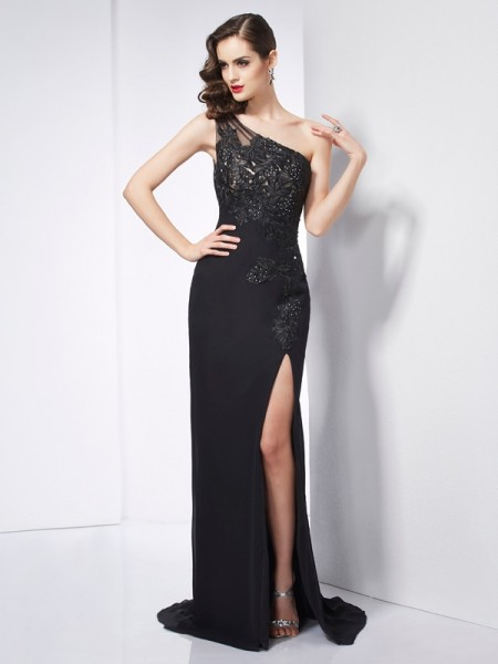 Sheath/Column One-Shoulder Applique Dress with Chiffon