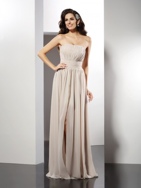 Sheath/Column Strapless Pleats Dress with Long Chiffon