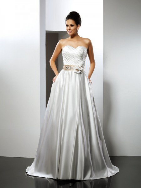 A-Line/Princess Sweetheart Long Satin Wedding Dress
