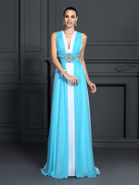 A-Line/Princess Halter Ruffles Dress with Long Chiffon