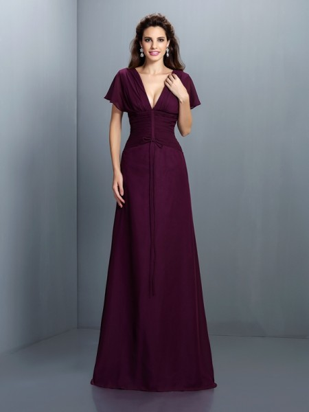 A-Line/Princess V-neck Ruched Short Sleeves Dress with Long Chiffon