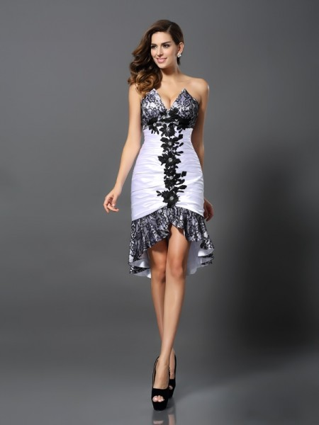 Sheath/Column Sweetheart Lace High Low Elastic Woven Satin Cocktail Dress