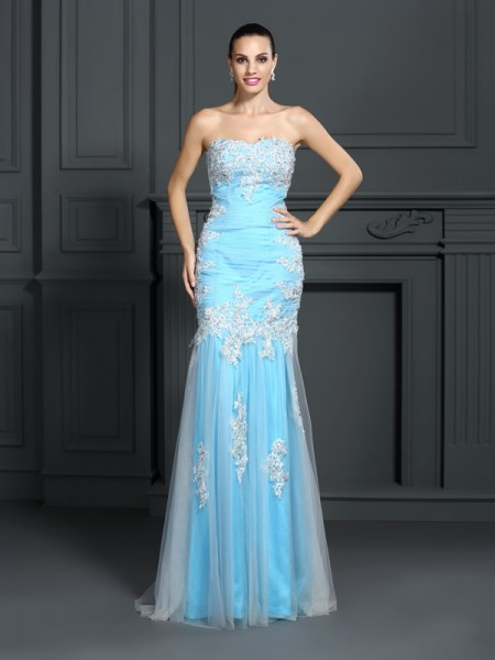 Trumpet/Mermaid Strapless Applique Long Elastic Woven Satin Dress