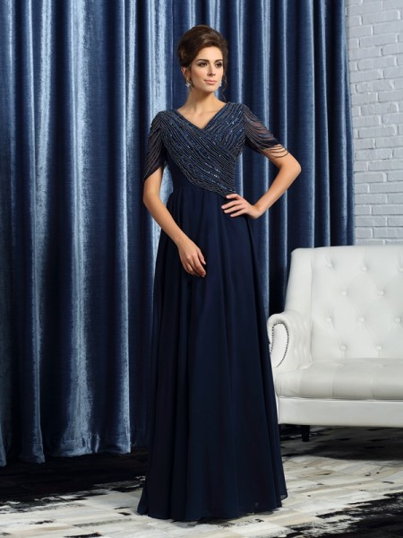 A-Line/Princess V-neck Short Sleeves Mother of the Bride Dress with Long Chiffon