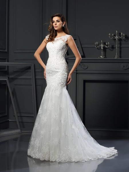 Trumpet/Mermaid Scoop Applique Short Sleeves Long Tulle Wedding Dress