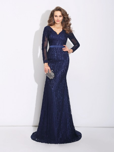 Sheath/Column V-neck Long Sleeves Long Lace Dress