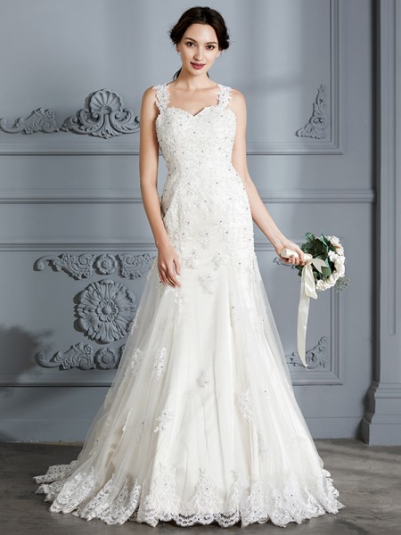 Trumpet/Mermaid Lace Sweetheart Court Train Wedding Dresses