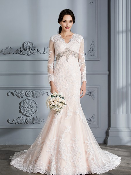 Trumpet/Mermaid Organza V-Neck Sweep/Brush Train Beading Wedding Dresses