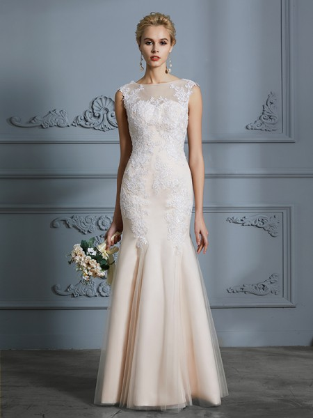Trumpet/Mermaid Tulle Scoop Floor-Length Applique Wedding Dresses