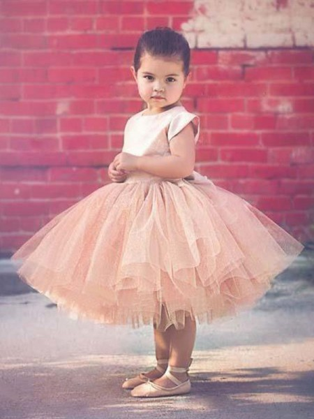 Ball Gown Short Sleeves Scoop Knee-Length Ruffles Tulle Flower Girl Dress