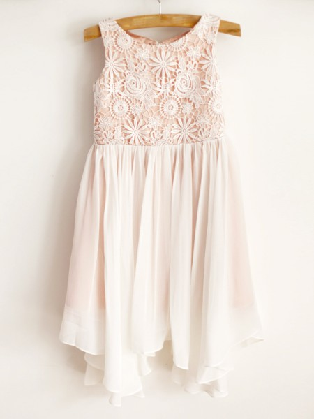 A-Line/Princess Chiffon Lace Scoop Sleeveless Knee-Length Flower Girl Dress