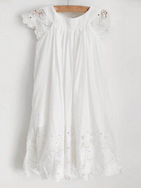 A-Line/Princess Lace Ruffles Scoop Sleeveless Knee-Length Flower Girl Dress