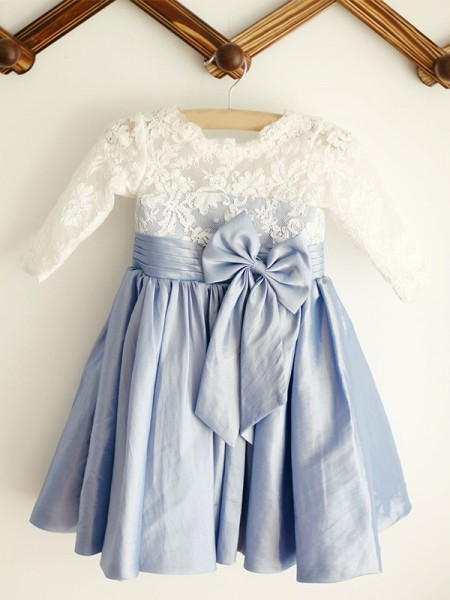 A-Line/Princess Scoop Lace Long Sleeves Taffeta Knee-Length Flower Girl Dress