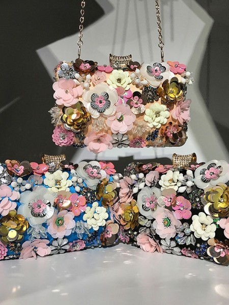 Trending Beading Handbags With Flowers