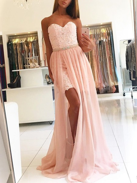 A-Line/Princess Sleeveless Sweetheart Sweep/Brush Train Lace Tulle Dress
