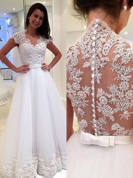 72fc2830af682 A-Line/Princess Sleeveless V-neck Applique Tulle Floor-Length Wedding Dress