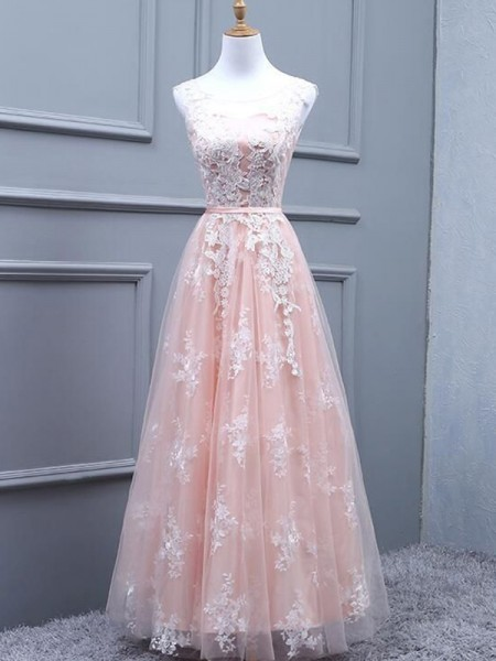 A-Line/Princess Tulle Scoop Sleeveless Long Applique Dress