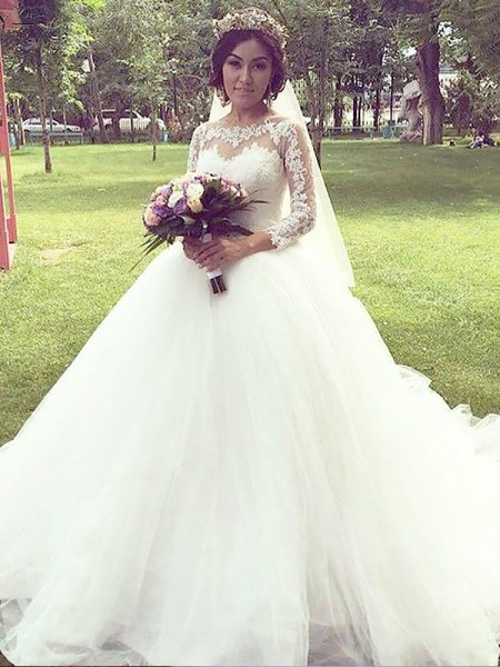 Ball Gown Tulle Bateau Court Train Wedding Dresses