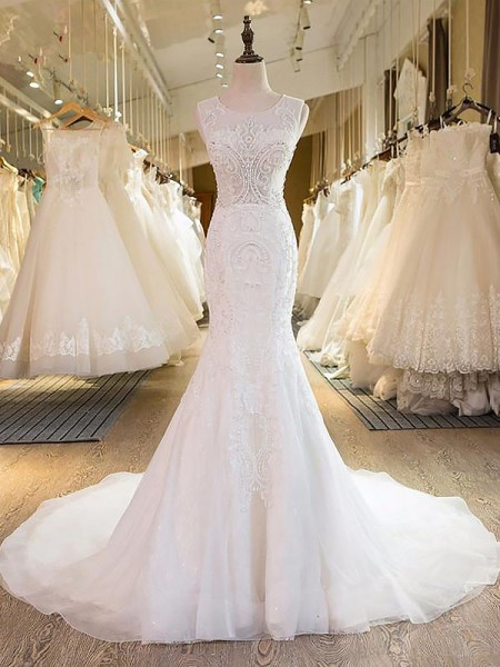 Trumpet/Mermaid Tulle Scoop Sweep/Brush Train Wedding Dresses