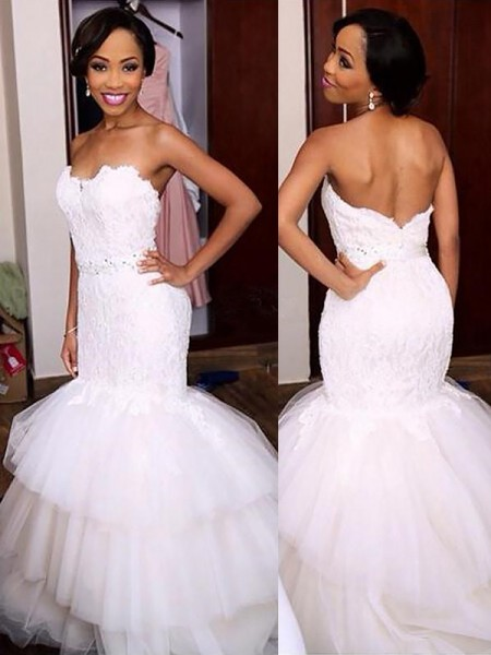 Trumpet/Mermaid Sweetheart Lace Court Train Tulle Wedding Dresses