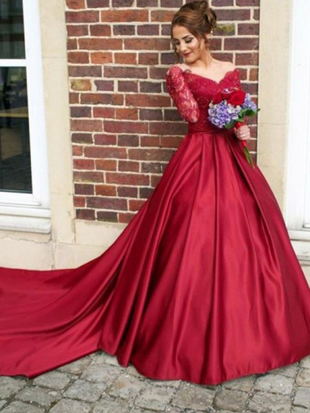 A-Line/Princess V-neck Long Sleeves Sweep/Brush Train Dresses with Lace with Satin