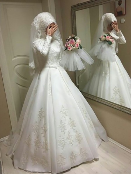 Floor-Length Ball Gown Jewel Long Sleeves Wedding Dresses with Organza