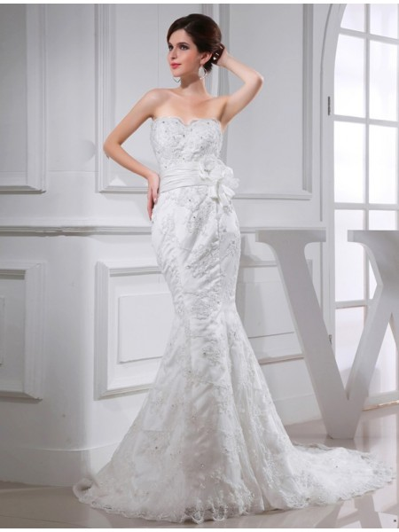 Trumpet/Mermaid Sweetheart Satin Wedding Dress