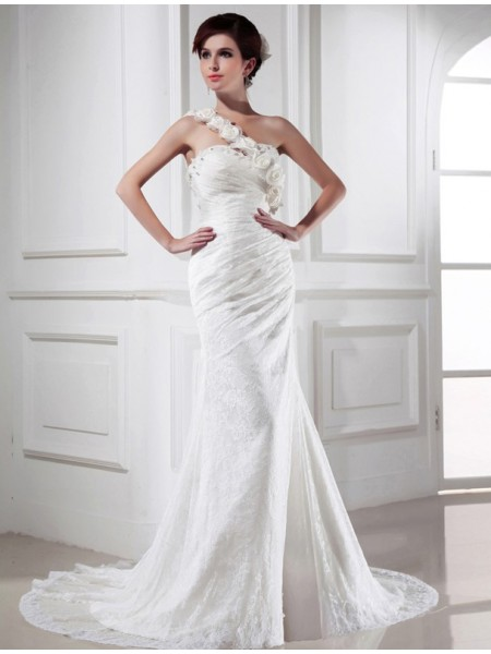 Trumpet/Mermaid One-shoulder Lace Satin Long Wedding Dress