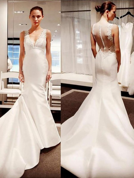 Trumpet/Mermaid V-neck Satin Sleeveless Court Train Wedding Dress