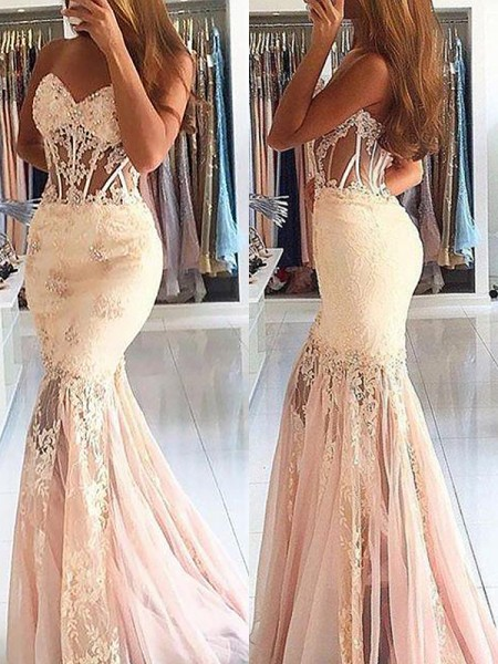 Trumpet/Mermaid Sweetheart Tulle Sweep/Brush Train Dress with Lace