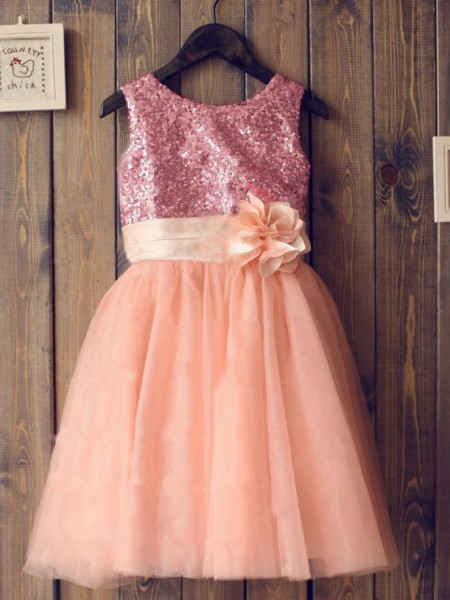 A-line/Princess Scoop Sequin Knee-Length Tulle Dress