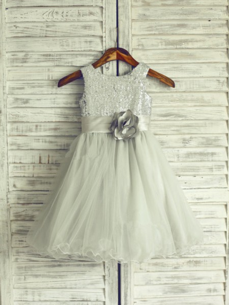 A-line/Princess Scoop Hand-Made Organza Knee-Length Flower Dress